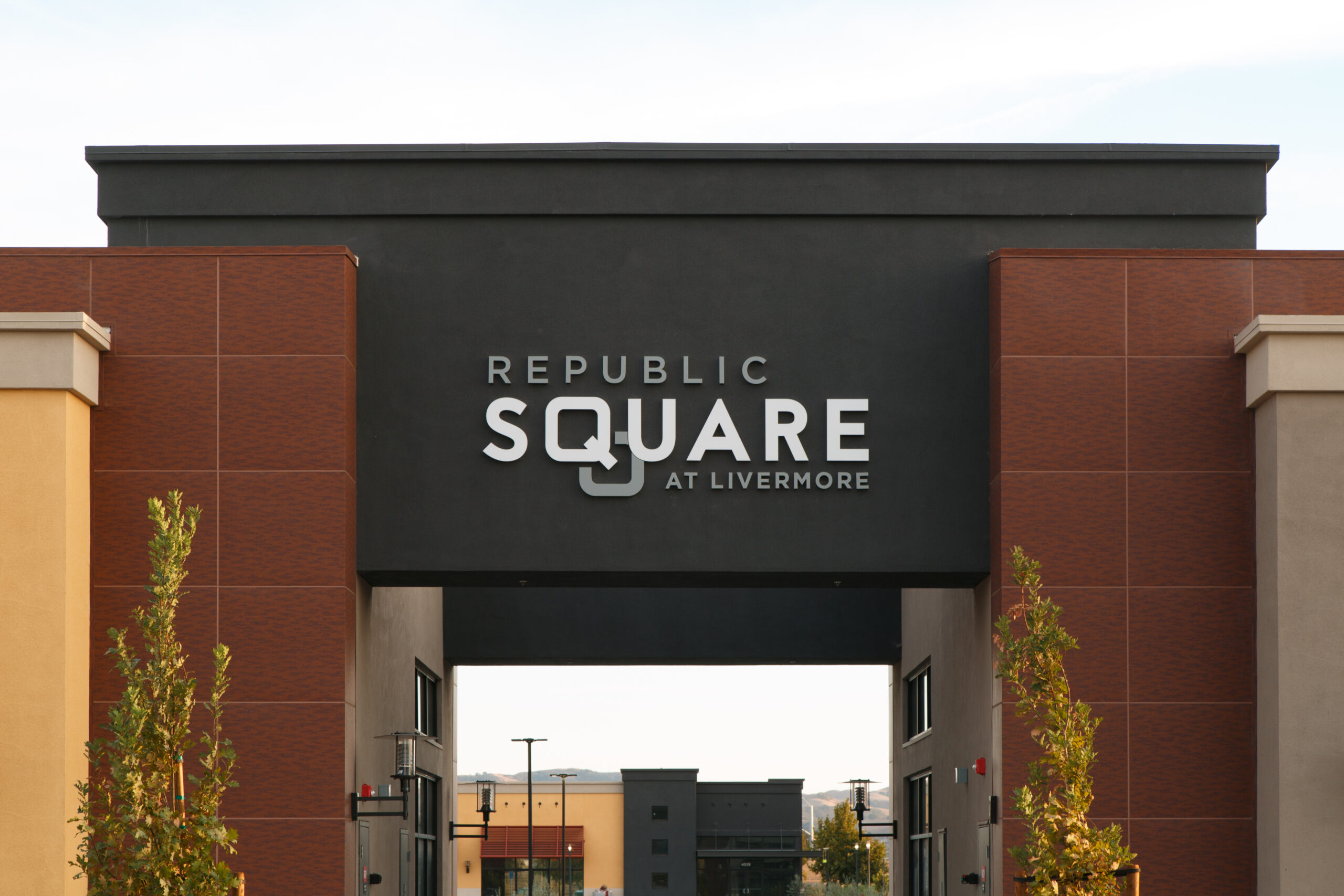 Republic Square at Livermore Hosts Art Walk